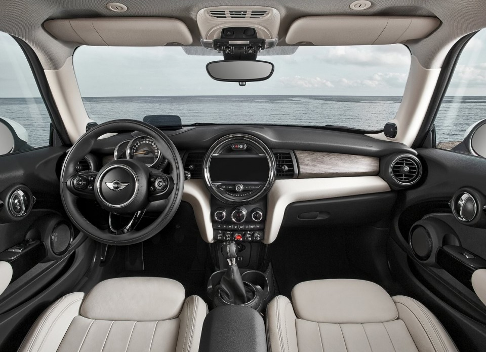 MINI F56 Dashboard